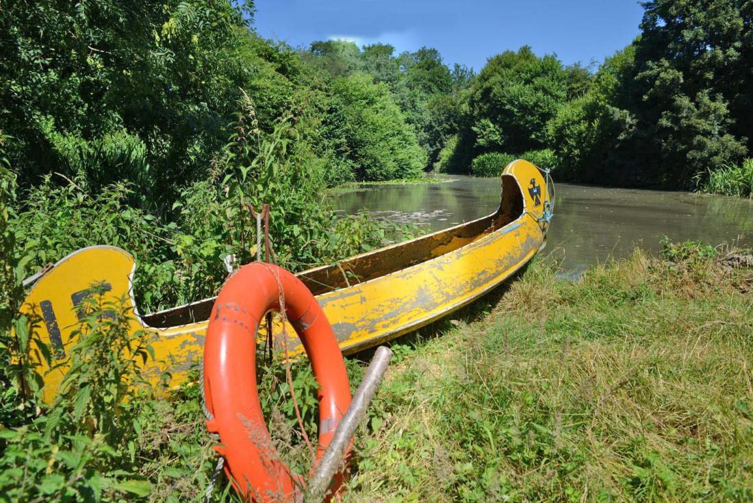 Canoe + Lake + H&S. Perfect!