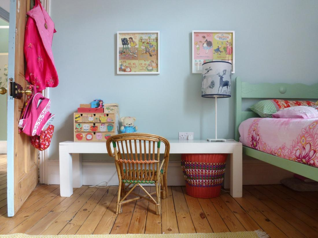 Northwood Pastels, a beautiful space for homework! (Ref 3561)
