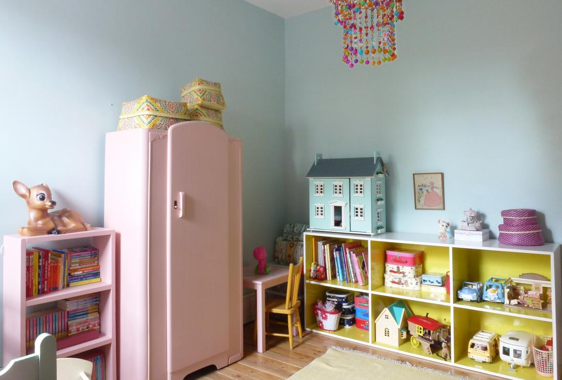 Northwood Pastels's children's bedroom: playful, fun, bright (Ref 3561)