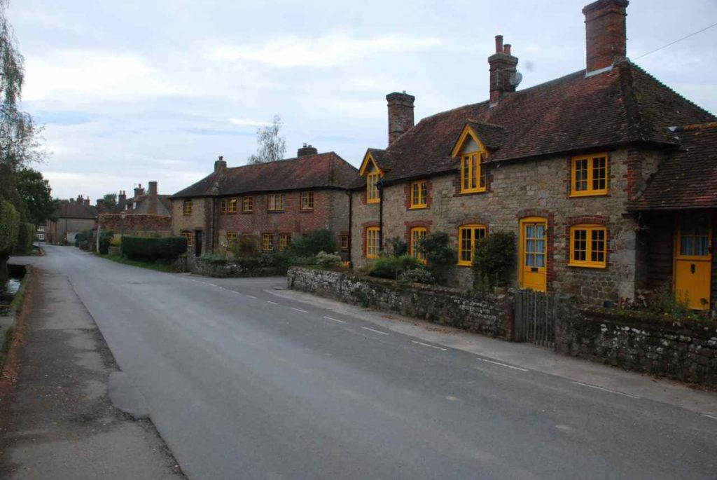 Cowdray Cottages